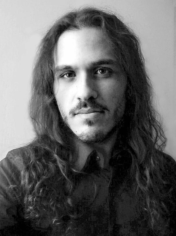 foto frontale di Danilo Petrozzi del 2016